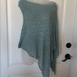 Gorgeous teal cape/scarf scoop neck